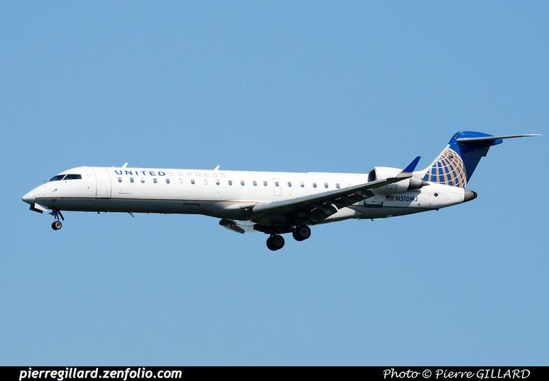 Pierre GILLARD: United Airlines & United Express &emdash; 2015-413704