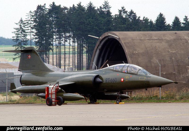Pierre GILLARD: Military : Denmark &emdash; 049582