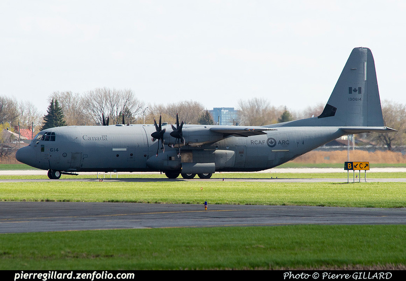 Pierre GILLARD: 436 Squadron - Escadron 436 &emdash; 2021-626310