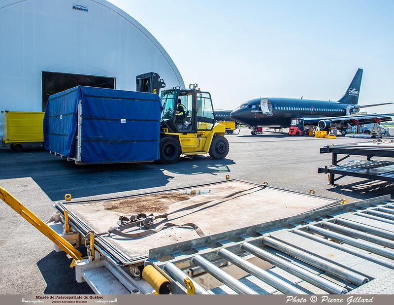 Pierre GILLARD: 2021-07-23 - Arrivée au Terminal Lux à Saint-Hubert &emdash; 2021-430016