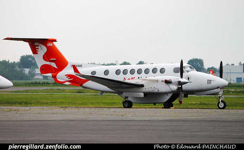 Pierre GILLARD: Air Inuit &emdash; 030652