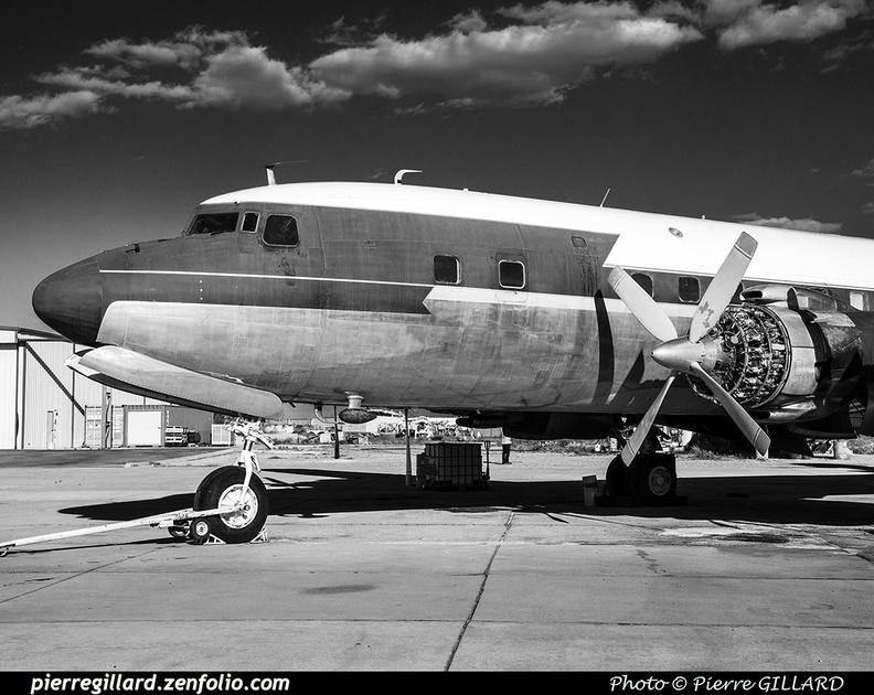 Pierre GILLARD: Douglas DC-7 &emdash; 2019-528874