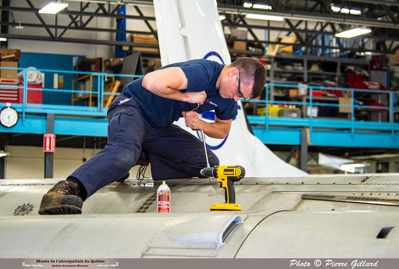 Pierre GILLARD: 2019-08-02 au 08-05 - Évaluation du fuselage du CF-100 à l'ÉNA &emdash; 2019-425064