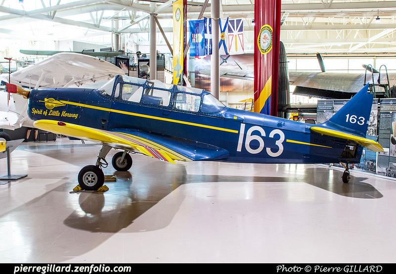 Pierre GILLARD: Canada : Canadian Warplane Heritage Museum &emdash; 2019-530274