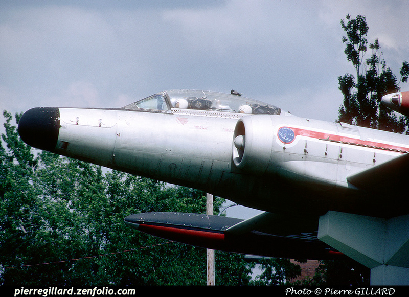 Pierre GILLARD: Avro CF-100 #100760 as monument at Saint-Hubert, QC &emdash; 1998-0246