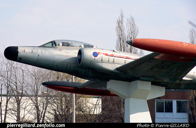 Pierre GILLARD: Avro CF-100 #100760 as monument at Saint-Hubert, QC &emdash; 2002-0025