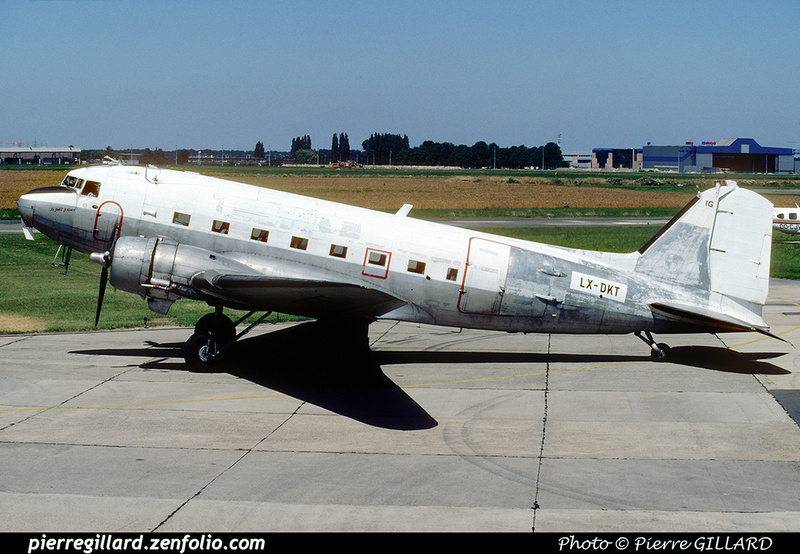 Pierre GILLARD: Douglas DC-3 - LX-DKT Legend Air &emdash; 1990-0537