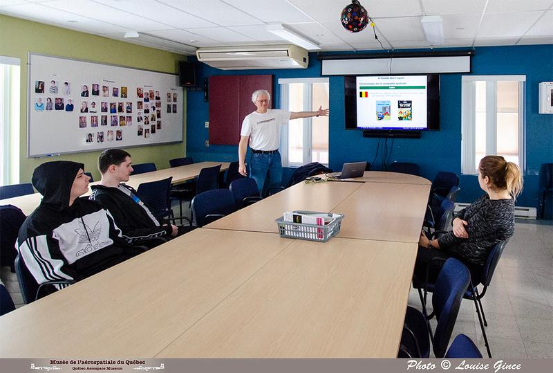 """Pierre GILLARD: 2020-02-28 - Activité """"Le Canada dans l'espace"""" avec les jeunes de la Maison de Jonathan &emdash; 2020-713530"""