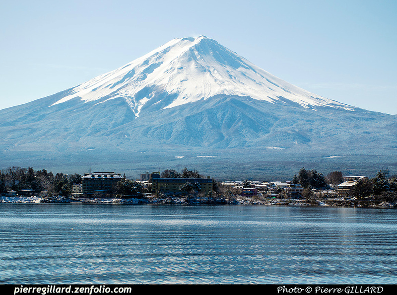 Pierre GILLARD: Kawaguchiko (河口湖) &emdash; 2020-533547