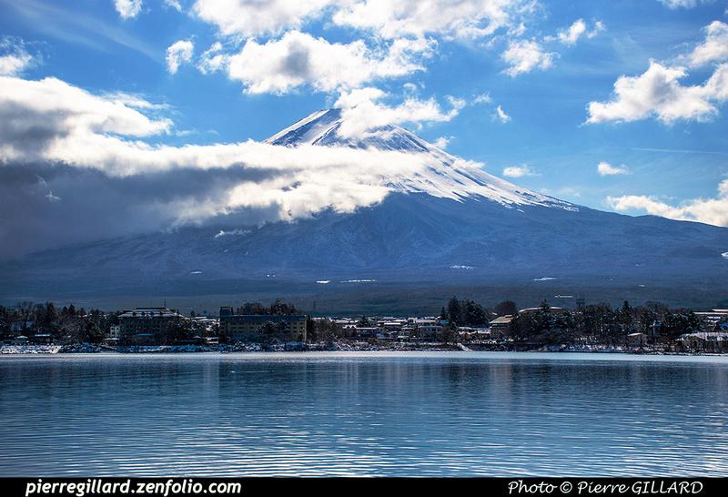 Pierre GILLARD: Kawaguchiko (河口湖) &emdash; 2020-533600