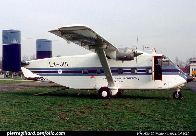 Pierre GILLARD: Aviation Sans Frontières - Piloten Zonder Grenzen &emdash; 040027