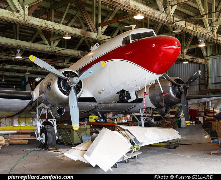 Pierre GILLARD: Douglas DC-3 &emdash; 2020-427202