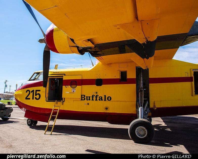 Pierre GILLARD: Canadair CL215 &emdash; 2020-426855