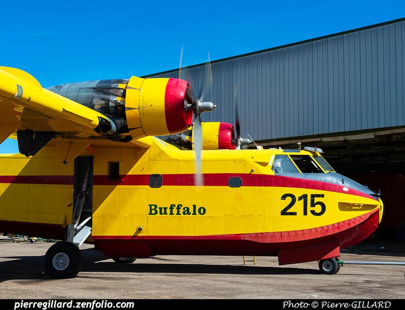 Pierre GILLARD: Canadair CL215 &emdash; 2020-426867