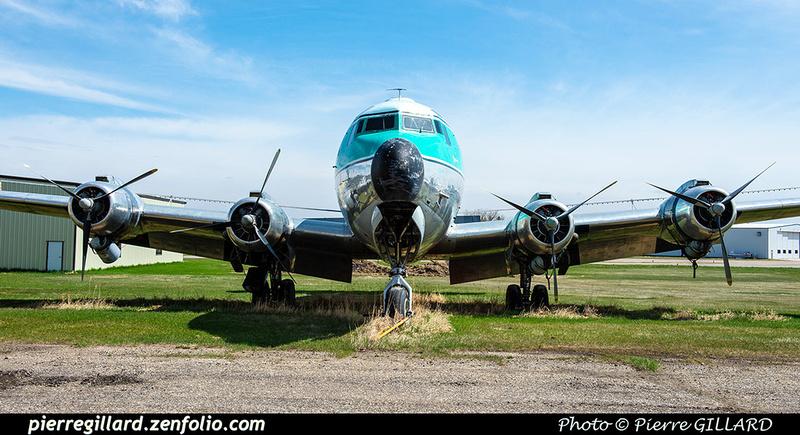 Pierre GILLARD: Douglas DC-4 &emdash; 2020-427064