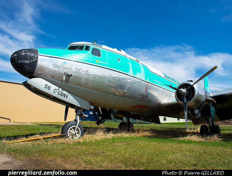 Pierre GILLARD: Douglas DC-4 &emdash; 2020-427042