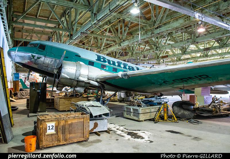 Pierre GILLARD: Douglas DC-3 &emdash; 2020-427140