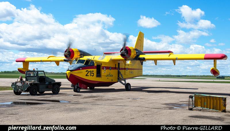 Pierre GILLARD: Canadair CL215 &emdash; 2020-427259