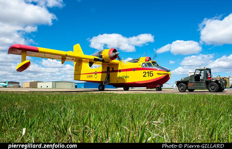 Pierre GILLARD: Canadair CL215 &emdash; 2020-427269
