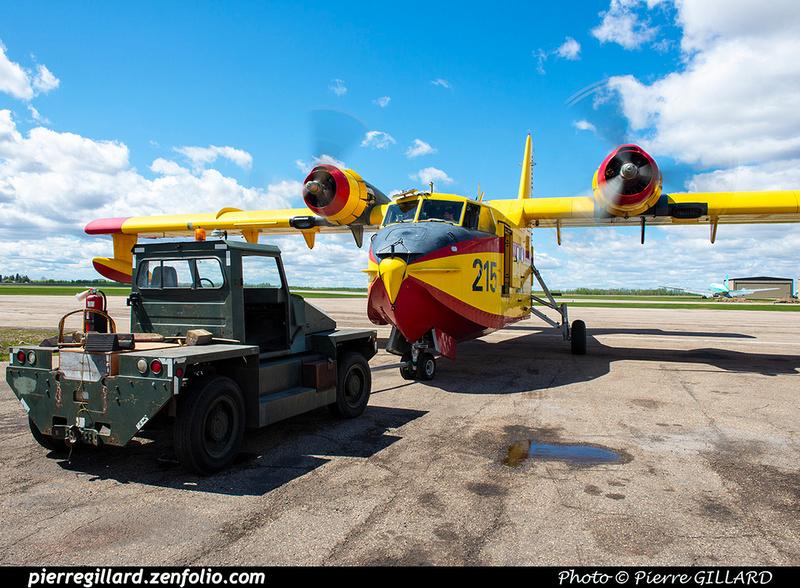 Pierre GILLARD: Canadair CL215 &emdash; 2020-427277