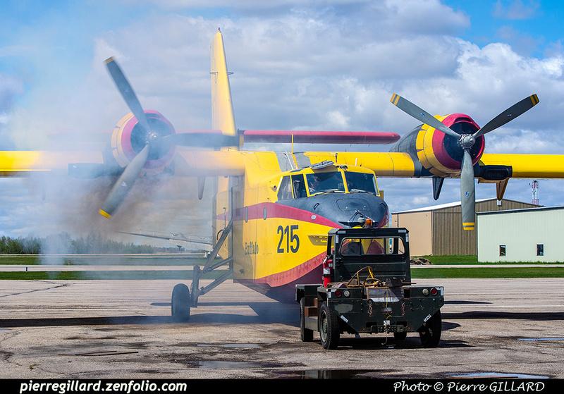 Pierre GILLARD: Canadair CL215 &emdash; 2020-803911