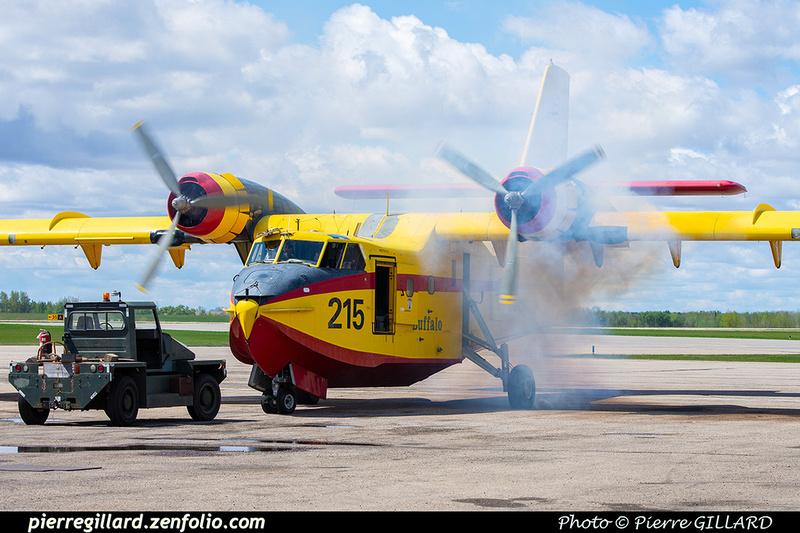 Pierre GILLARD: Canadair CL215 &emdash; 2020-803920