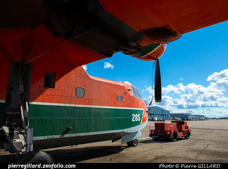 Pierre GILLARD: Canadair CL215 &emdash; 2020-427299