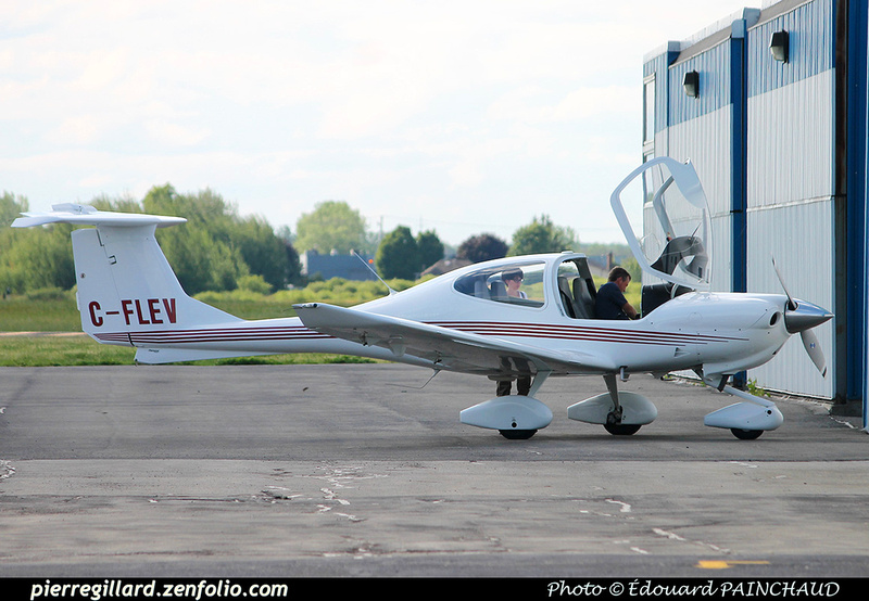 Pierre GILLARD: Private Aircraft - Avions privés : Canada &emdash; 030542