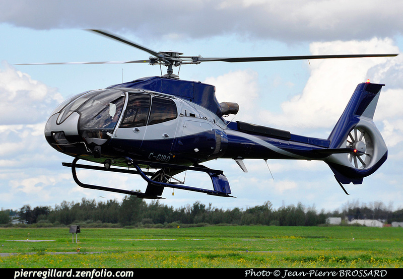 Pierre GILLARD: Canada - Capitale Hélicoptère &emdash; 030558