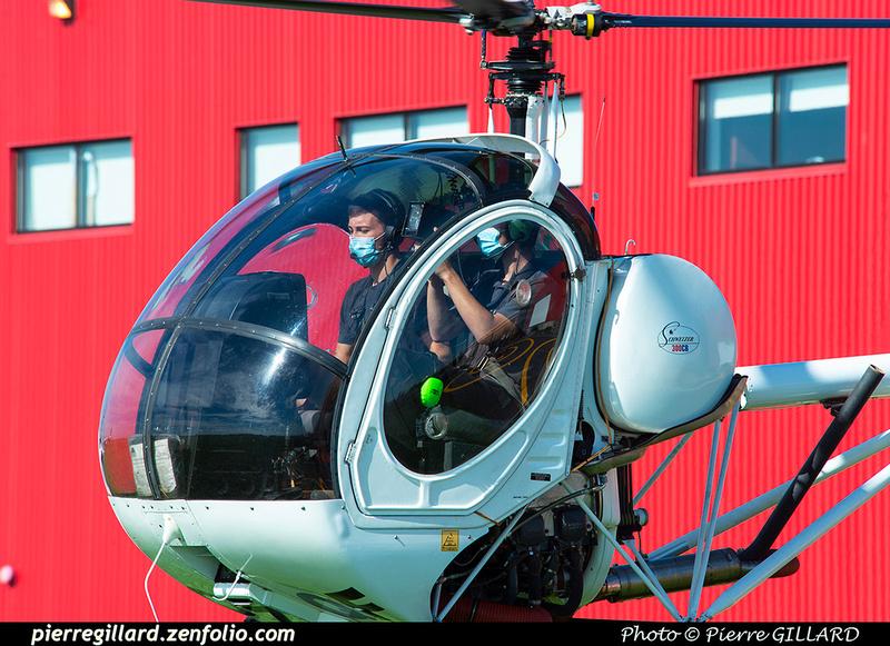 Pierre GILLARD: 2020-09-03 - Vol en hélicoptère par des étudiants de l'ÉNA et survol de l'école &emdash; 2020-625518