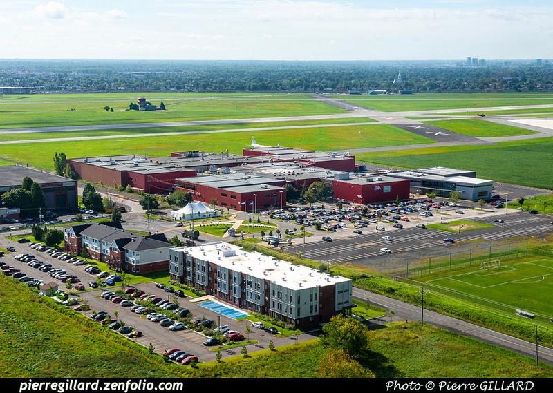Pierre GILLARD: 2020-09-03 - Vol en hélicoptère par des étudiants de l'ÉNA et survol de l'école &emdash; 2020-427874