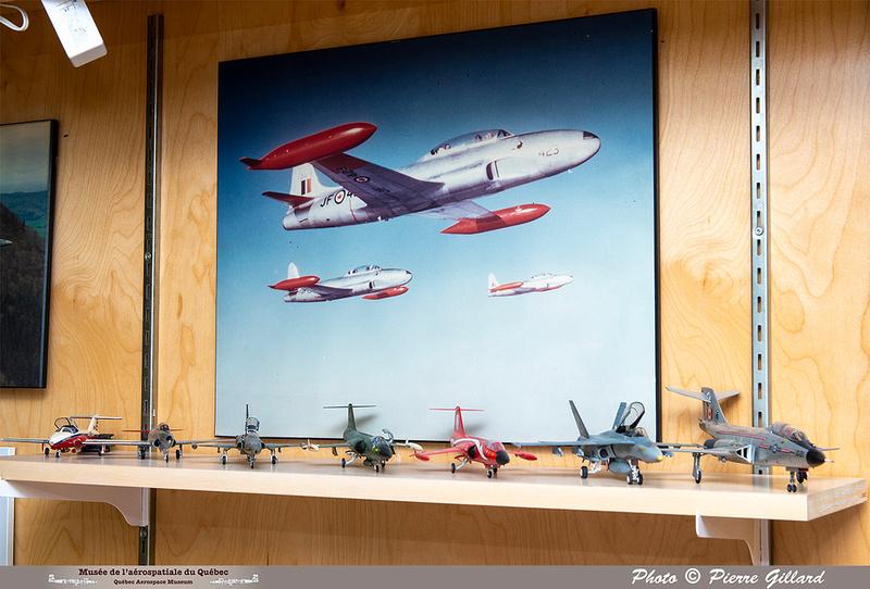 "Pierre GILLARD: Vitrine ÉNA - Hiver 2021 - ""L'aviation au Canada"" &emdash; 2020-428756"