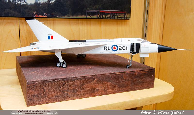 "Pierre GILLARD: Vitrine ÉNA - Hiver 2021 - ""L'aviation au Canada"" &emdash; 2020-713910"