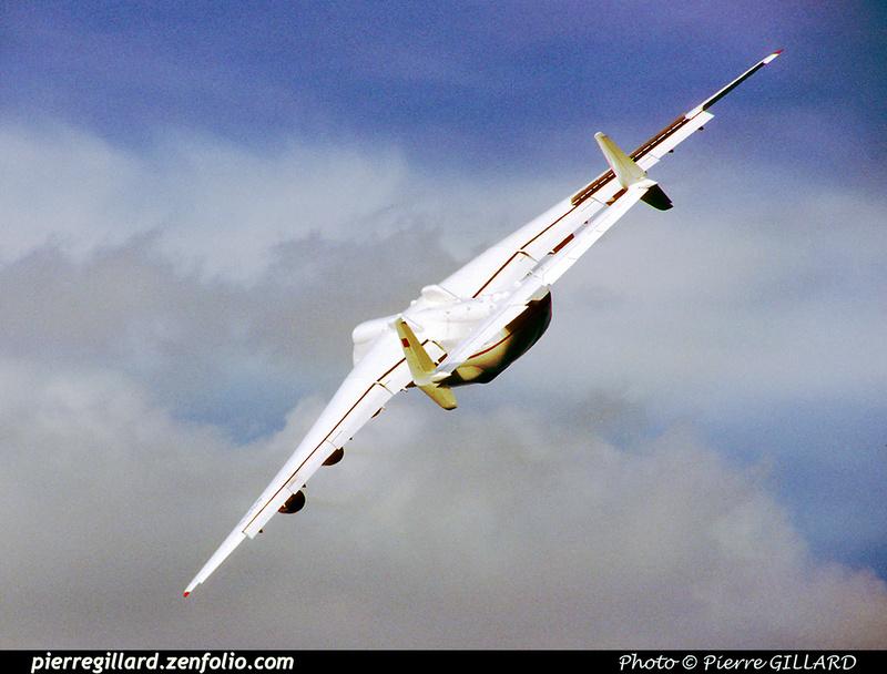 Pierre GILLARD: 1990-09-02 & 03 - Farnborough Airshow &emdash; 1990-0801