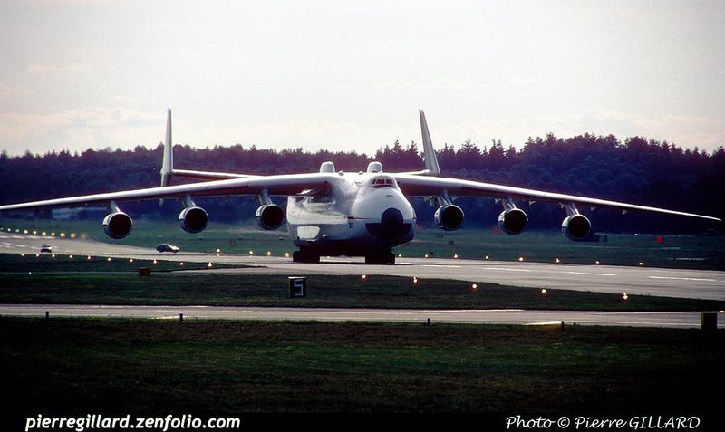 Pierre GILLARD: 1990-09-02 & 03 - Farnborough Airshow &emdash; 1990-0807