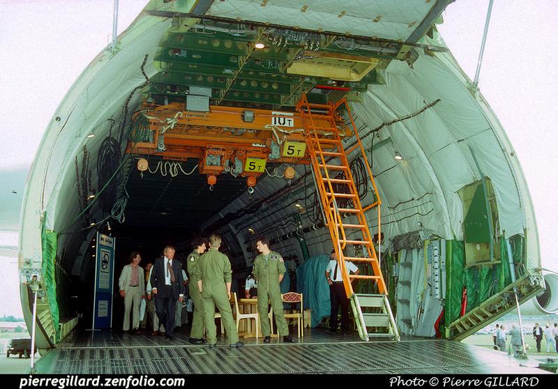 Pierre GILLARD: 1990-09-02 & 03 - Farnborough Airshow &emdash; 1990-0826