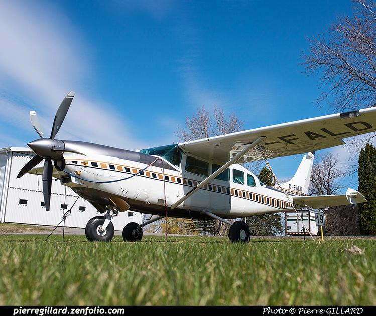 Pierre GILLARD: Private Aircraft - Avions privés : Canada &emdash; 2016-607595