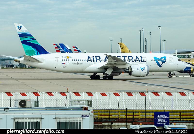 Pierre GILLARD: Air Austral &emdash; 2017-703521
