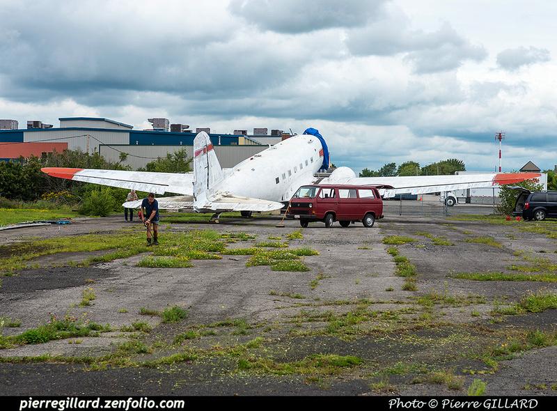 Pierre GILLARD: 2017-08-19 - Préparation du déplacement du DC-3 d'Avialogs &emdash; 2017-612212