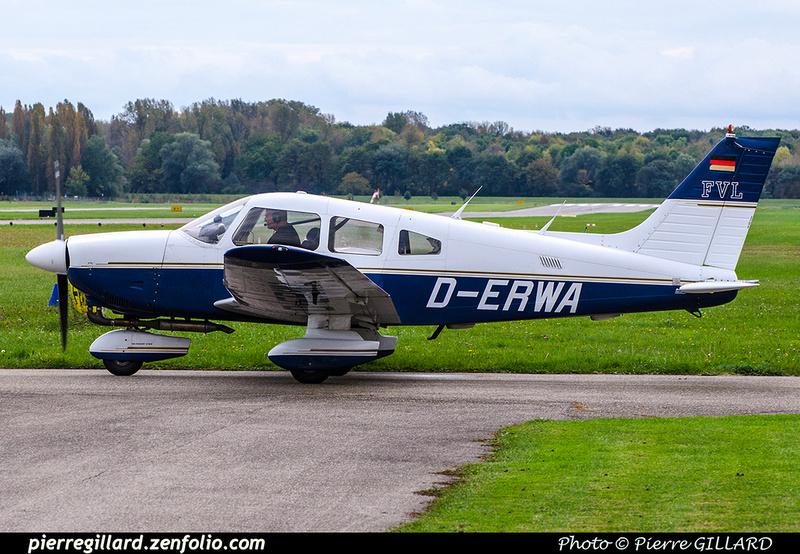 Pierre GILLARD: Private Aircraft - Avions privés : Europe &emdash; 2017-705806