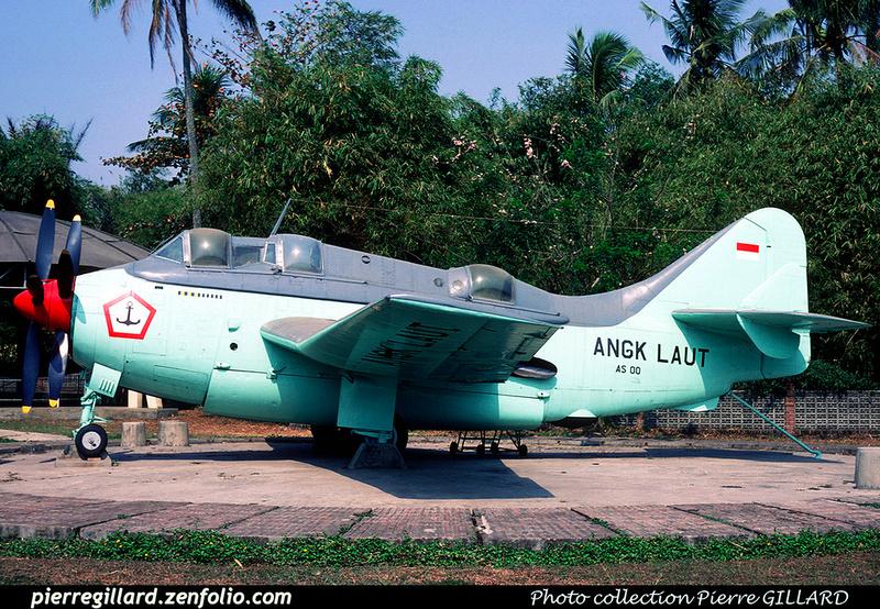 Pierre GILLARD: Military : Asia &emdash; 021083
