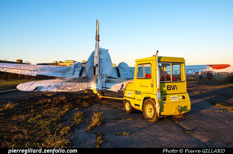 Pierre GILLARD: 2017-11-13 au 19 - Préparation du déplacement du DC-3 d'Avialogs &emdash; 2017-615887