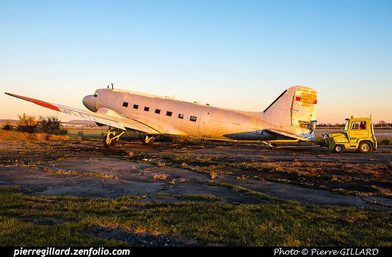 Pierre GILLARD: 2017-11-13 au 19 - Préparation du déplacement du DC-3 d'Avialogs &emdash; 2017-615893