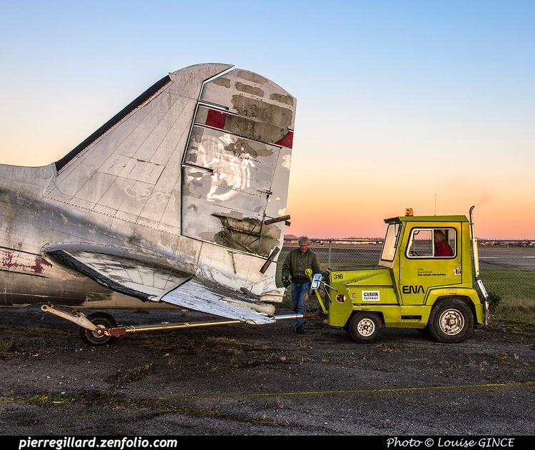 Pierre GILLARD: 2017-11-13 au 19 - Préparation du déplacement du DC-3 d'Avialogs &emdash; 2017-615897
