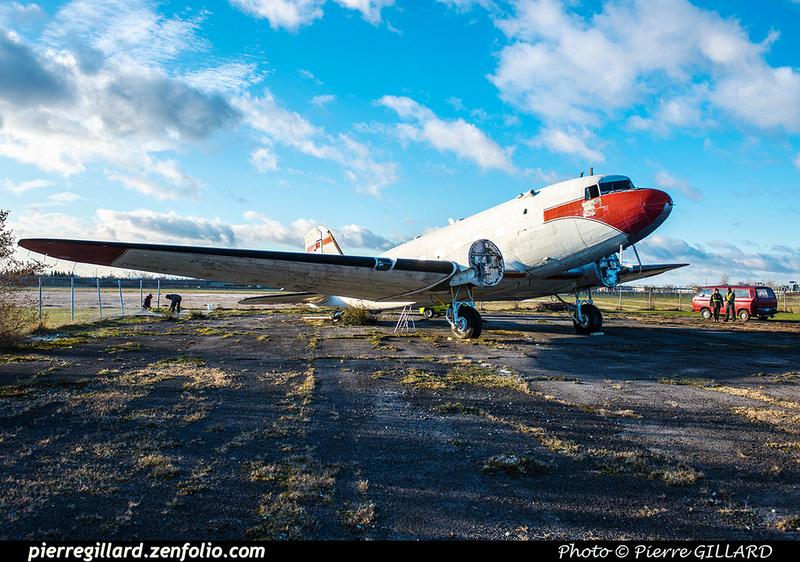 Pierre GILLARD: 2017-11-20 - Déplacement du DC-3 C-FDTD au FBO H-18. &emdash; 2017-615956