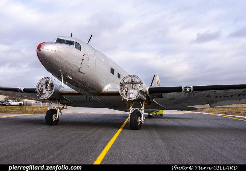 Pierre GILLARD: 2017-11-20 - Déplacement du DC-3 C-FDTD au FBO H-18. &emdash; 2017-616000