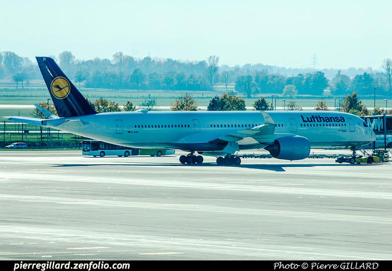 Pierre GILLARD: Lufthansa &emdash; 2017-706037