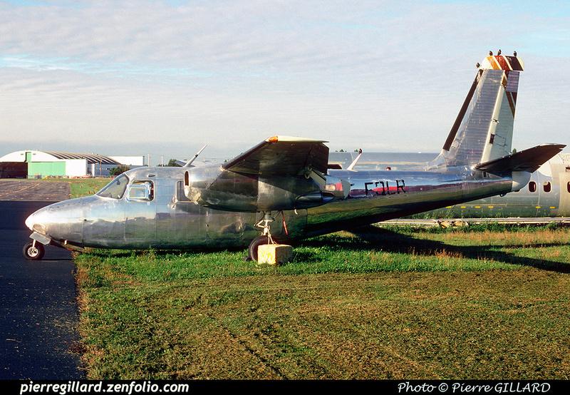 Pierre GILLARD: AeroCommander C-FQLR &emdash; 021090