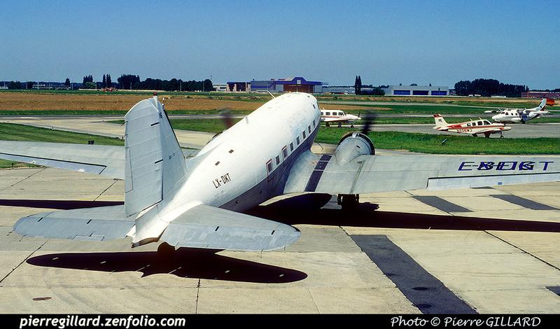 Pierre GILLARD: Douglas DC-3 - LX-DKT Legend Air &emdash; 1990-0549