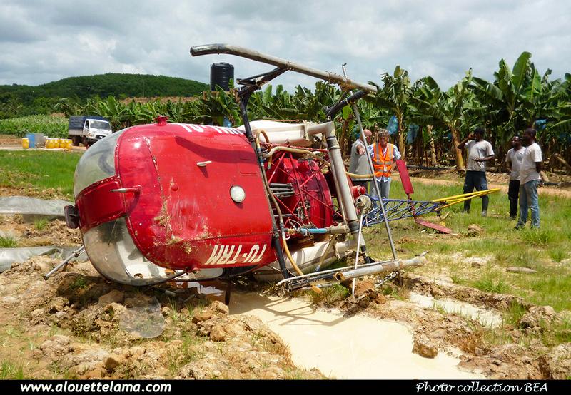Pierre GILLARD: Ivory Coast - Ivoire Hélicoptère &emdash; 030318